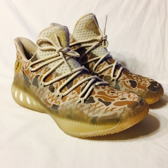 Adidas zapatos SM loco explosivo lowgaun zapato 7 Gold Camo poshmark